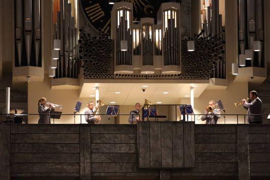 Eine Bläserensemble des Heeresmusikkorps Veitshöchheim gestaltete den Gottesdienst musikalisch mit.