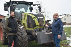 Die Ländliche Familienberatung hilft Landwirten in äußerst schwierigen Zeiten: Als Landwirtin weiß Carola Müller-Arnold genau, welche Sorgen Christoph Rothhaupt plagen.