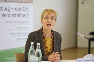 """Ordinariatsrätin Dr. Christine Schrappe. Leiterin der Hauptabteilung """"Bildung und Kultur"""""""