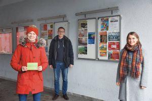 Beraten junge Menschen auch in Krisenzeiten: Nina Rieckmann, Michael Ottl und Jessica Ball (von links).