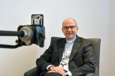 Bischof Dr. Franz Jung führt erstmals auf Instagram Gespräche in der Fastenzeit.