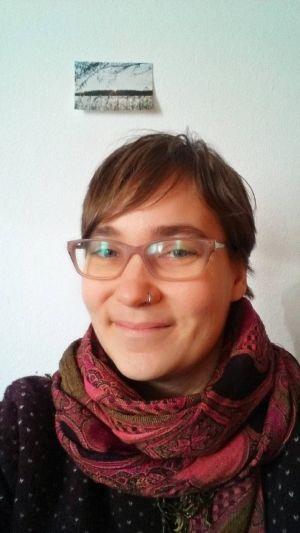 Sophie Schimmerohn lebt seit April 2020 im Konvent Magdala im Kloster Oberzell. Sie macht dort ein Freiwilliges Ordensjahr.