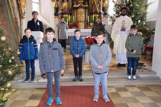 Einführungsgottesdienst für die neuen Ministranten in der Pfarrei Sankt Ägidius in Schallfeld.