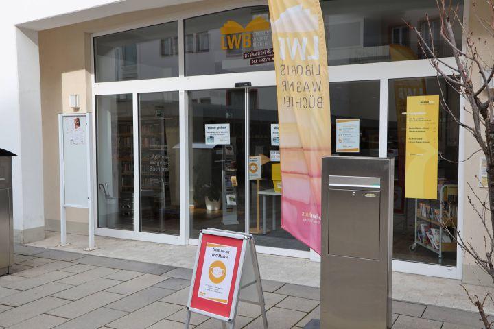 Die Liborius-Wagner-Bücherei in Würzburg ist ab sofort wieder geöffnet.