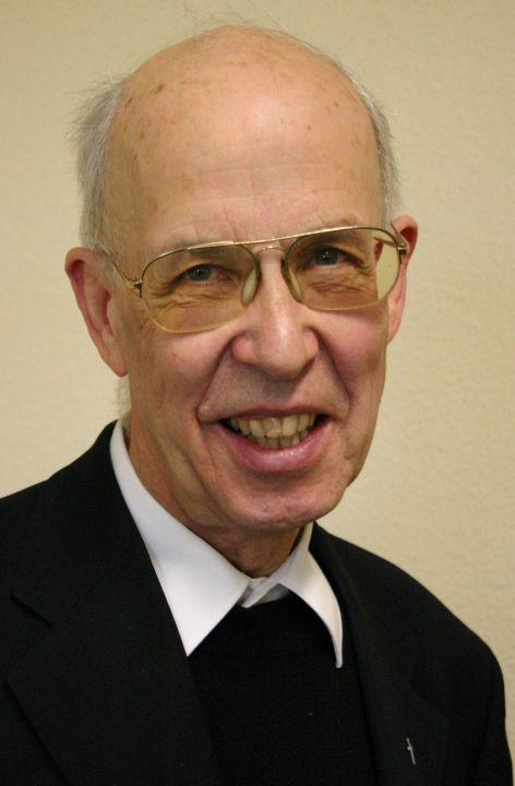 Prälat Walter Hohmann