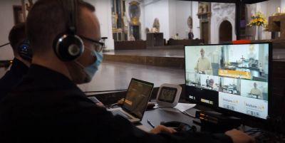 Aus dem Kiliansdom werden die Gottesdienste an den Kar- und Ostertagen live übertragen. Generalvikar Dr. Jürgen Vorndran bittet darum, möglichst viele Gottesdienste zu streamen.