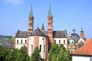 Herzmitte und Mutterkirche der Diözese Würzburg: der Kiliansdom in Würzburg.
