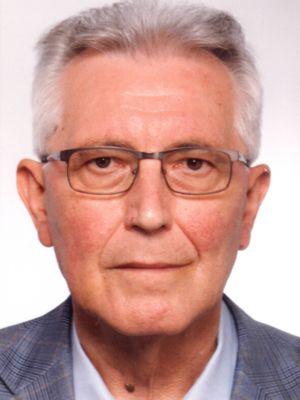 Dr. Endre József Koncsik.