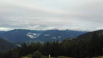 Beim Fliegen bekomme er einen ganz neuen Blick für die Schönheit von Gottes Schöpfung, sagt Andreas Hanel. Das Foto zeigt den Blick vom Startplatz in Lüsen in Südtirol.