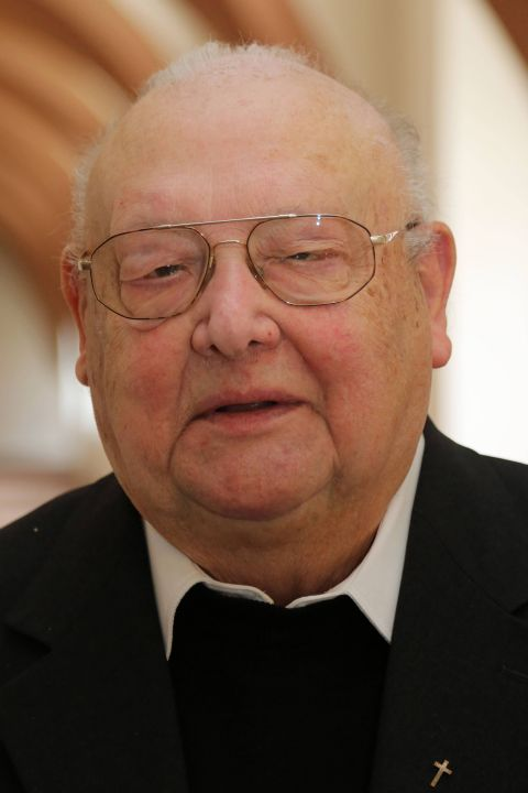 Pfarrer i. R. Johannes Markert.